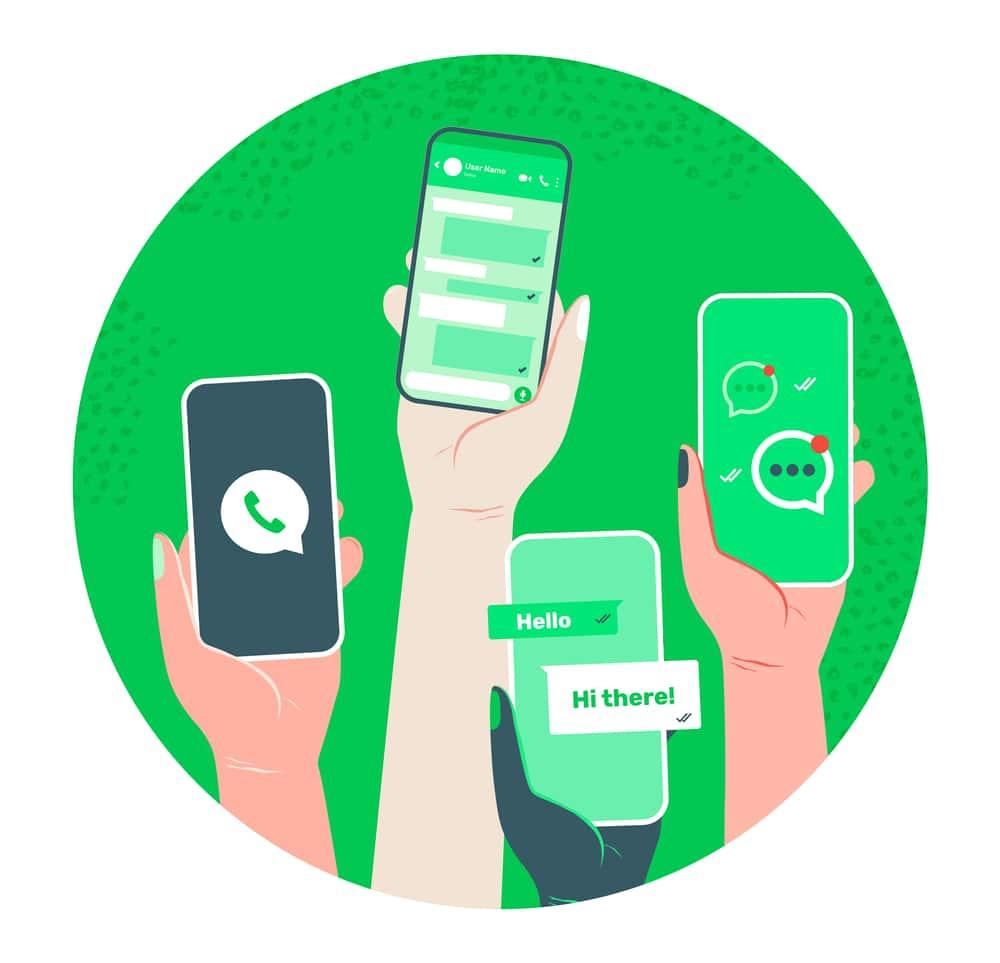 Será que você está aproveitando ao máximo o que o WhatsApp pode oferecer para a sua farmácia? Utilizar a plataforma de maneira assertiva, e maximizar o efeito positivo do Whatsapp na sua farmácia pode garantir o crescimento das vendas de sua loja. Em tempos onde a internet é cada vez mais presente no cotidiano, as redes sociais e os aplicativos passaram a ser usados como ferramentas essenciais na divulgação das marcas e, principalmente, na conclusão de vendas. Especialmente em um contexto de pandemia, o WhatsApp se apresenta como uma ferramenta digital poderosa, que pode ser extremamente útil na divulgação de ofertas, atendimento aos clientes e até mesmo na conclusão de vendas para a sua farmácia. Usando o WhatsApp como aliado: Com o WhatsApp, é possível desenvolver estratégias assertivas aumentar ainda mais as vendas da sua farmácia. Tendo isso em mente, confira a seguir 10 dicas para maximizar o efeito positivo do Whatsapp na sua farmácia: 1. Use o WhatsApp Business. O Business é uma versão do Whatsapp criada especialmente para ser usada para negócios, franquias e pequenos empreendedores. Nessa versão do app, você pode criar um perfil profissional com todos os dados relevantes, como o endereço, horário de funcionamento e uma descrição curta; 2. Se aproxime do cliente: Através de links e vídeos, é possível aproximar a sua loja do consumidor. Use essa oportunidade para encaminhar conteúdos interessantes, como promoções, ofertas e novidades da farmácia; 3. Crie Listas de Transmissão: Use as listas de transmissão para enviar conteúdo para os clientes de maneira cirúrgica. A mensagem chega ao cliente com o formato de uma conversa exclusiva, oferecendo a ele um ambiente onde as suas dúvidas podem ser tiradas com privacidade; 4. Utilize as mensagens automáticas: Você pode usar mensagens automáticas fora do horário de atendimento, durante feriados ou até mesmo como mensagens de boas-vindas – é uma maneira não invasiva de contatar diretamente a sua clientela; 5. Facilite o