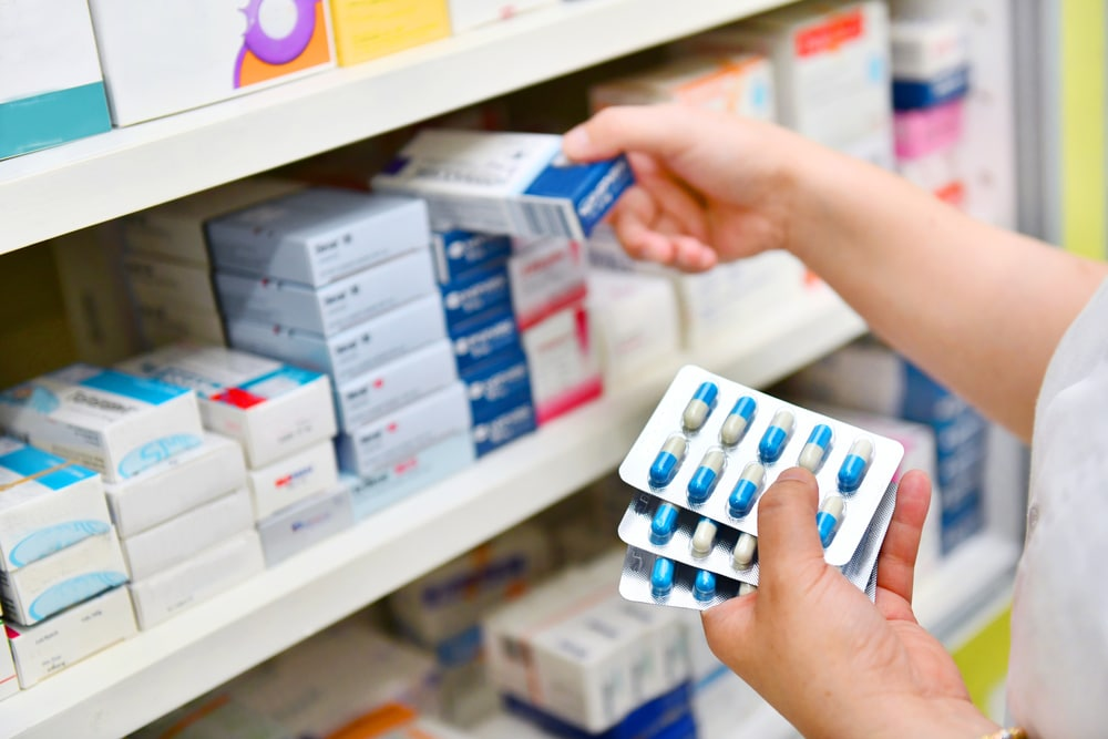 Dono de farmácia: Dicas para evitar o descarte de medicamentos vencidos